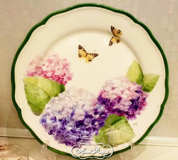 "Тарелка ""Гортензии и бабочки"", 32 см"