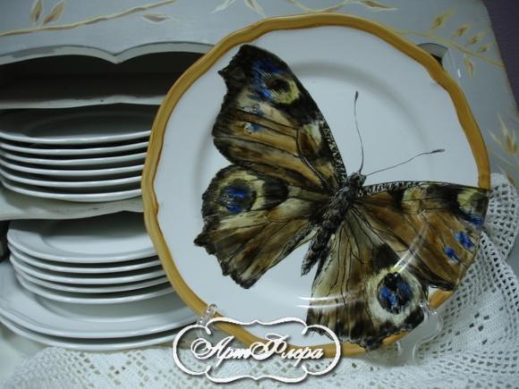 "Тарелка 28 см, из коллекции ""Бабочки на стене"" № 3 , 3000 рублей"